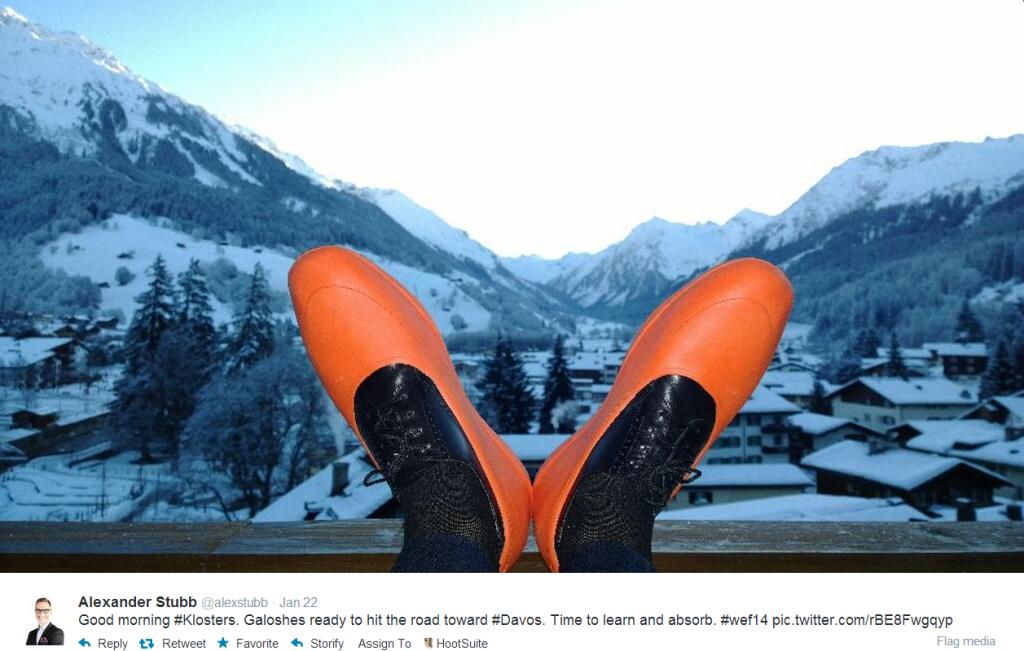 @AlexStubb-Selfie-Shoes-1024x651