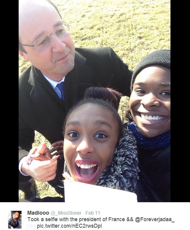 @_MissStoner-Hollande-Selfie